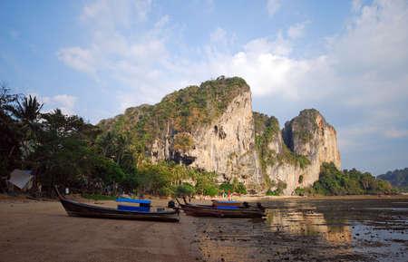 longtail boats in krabi thailand 版權商用圖片