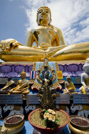 buddah: golden buddah thailand