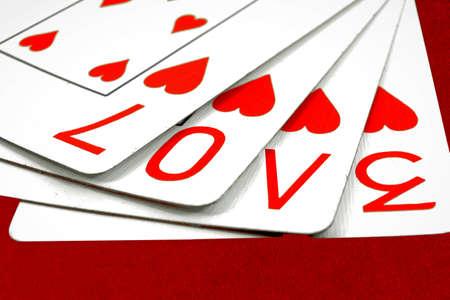 speelkaarten met het woord liefde