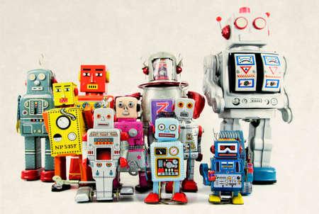 Groupe de jouet robot rétro