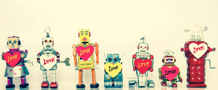 collections: lotts of retro robots in love