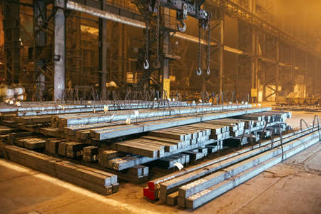 Blanc de métal d'entrepôt. Usine de galvanoplastie pour le métal Banque d'images