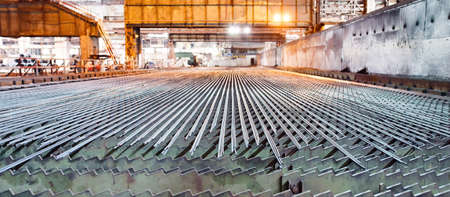 Metallurgy industry. Rolling mill. The valve is cooled after rolling. Imagens