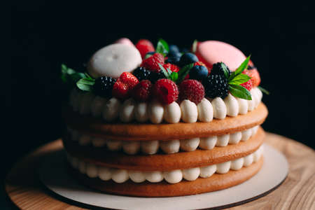 Fruit cake. Cake decorated with berries on a wooden stand on a black background Imagens - 128596387