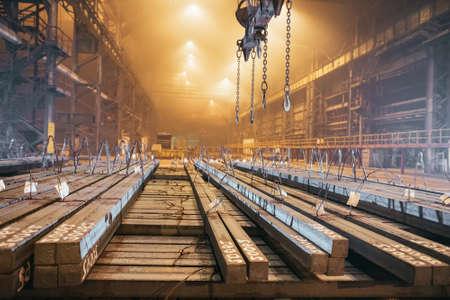Warehouse metal blank. Electroplating plant for the metal. Standard-Bild