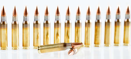 Hunting cartridges of caliberon on a white background. 308 Win Banque d'images