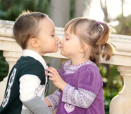 wie man ein schüchternes Mädchen küsst