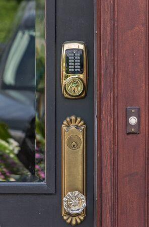ドアのロック