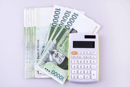 bankroll: South Korean won currency