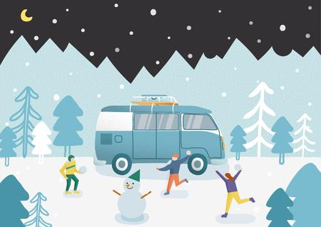 Amici che giocano a palle di neve e si divertono in inverno. E hanno fatto un pupazzo di neve.