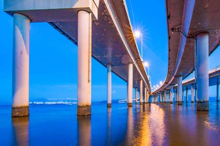 Night view of Shenzhen Bay Bridge