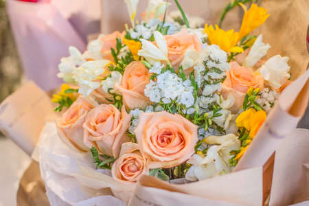 Un bouquet de fleurs Banque d'images - 98263123