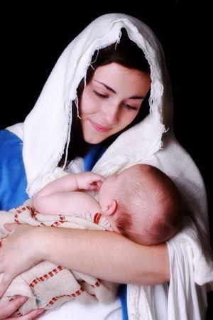 jungfrau maria: Mary, die liebevoll betrachten das Baby Jesus