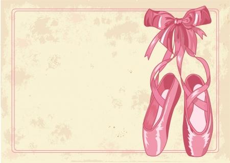 ballet slipper: Un par de zapatos de ballet manidas pointes sobre fondo de papel viejo