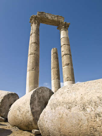 remains: Temple of Hercules in Amman Citadel, Al-Qasr site, Jordan Stock Photo