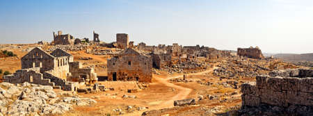 byzantine: Serjilla is one of the Dead Cities in Syria. Unique among Roman  Byzantine ruins and suddenly abandoned in the past. Tavern and bathhouse in front. Stock Photo