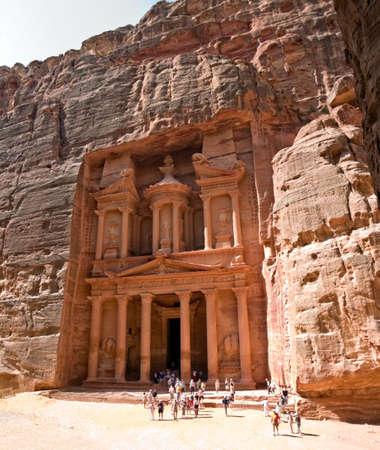 nabataeans: Petra - Nabataeans capital city (Al Khazneh) , Jordan. Treasury tomb. Roman Empire period. Stock Photo