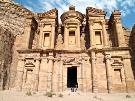 khazneh: Petra - Nabataeans capital city (Al Khazneh) , Jordan. Monastery tomb. Roman Empire period. Stock Photo