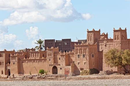Maisons de boue fortifi�s dans le Maroc Kasbah, Ouarzazate,. Souss-Massa-Dra� r�gion.