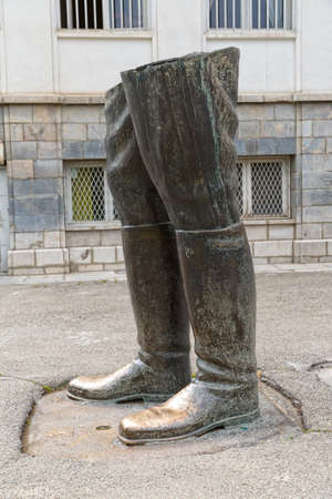 regime: Unfinished statue of Reza Shah, work on it was abandoned at the twilight of the monarchist regime in 1979 and now it is placed in front of the Niavaran Palace Complex. Tehran, Iran.