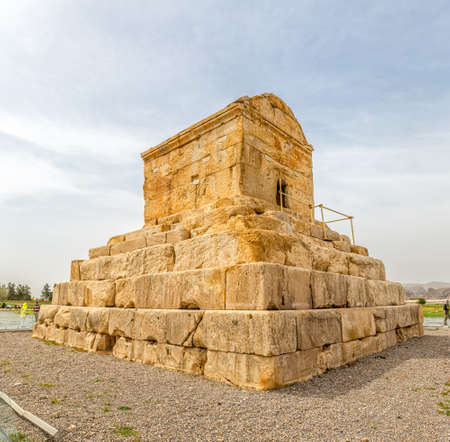 cyrus: PASARGAD, IRAN - MAY 4, 2015: Tourists checking out the tomb of Cyrus the Great. Editorial