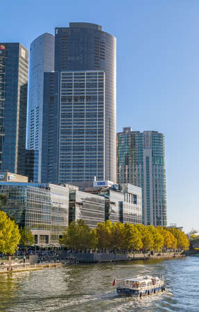 southgate: MELBOURNE, AUSTRALIA - MARCH 21, 2015: View of the Southbank  buildings from the footbridge on the beautiful sunny day.