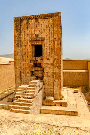 enigmatic: Naqsh-e Rustams historical monument Cube of Zoroaster is enigmatic structure and one of many surviving examples of the Achaemenid architectural design. Stock Photo