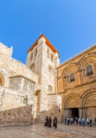 holiest: JERUSALEM, ISRAEL - JUNE 19, 2015: Tourists and pilgrims at the atrium of the Church of the Holy Sepulchre, holiest Christian site in the world. Editorial