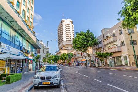 and arcadia: TEL AVIV, ISRAEL - JUNE 19, 2015: Morning at Ben Yehuda street near the Arcadia Tower hotel. Editorial