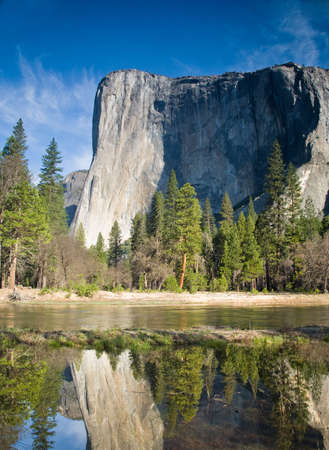 el capitan: El Capitan and the Merced River Stock Photo