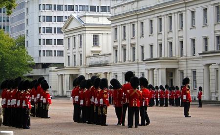 Grenadier Guard Inspection 9 Editöryel