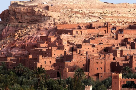 Ancient Kasbah found in Moroccos desertic countryside Standard-Bild - 109348040
