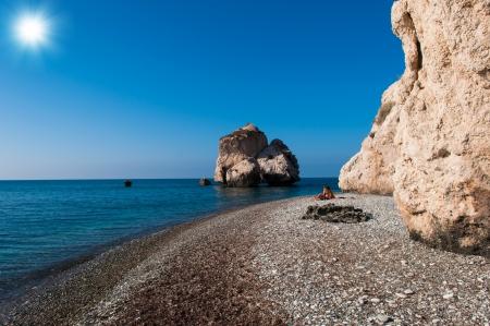 afrodita: Bay, en la isla de Chipre con la legendaria roca de Afrodita