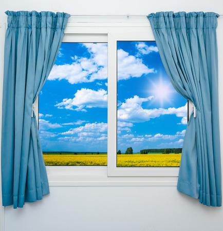 自然風景カーテンと窓からの眺め