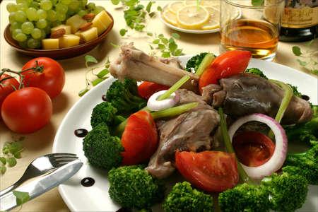 ovine: Baked Ovine leg with vegetables