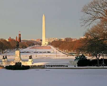 columbia district: The Washington mall in snow with Washington monument Stock Photo