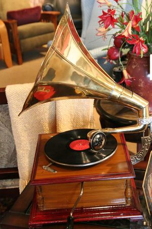 antique phonograph: An old vintage hand crank record player