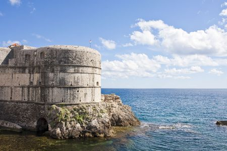 The edge of the old town of Dubrovnik, Croatia and the Adriatic Sea Banco de Imagens