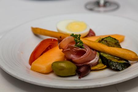 パン棒とオリーブの前菜 写真素材