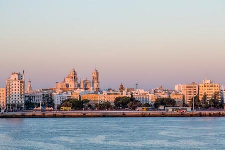 Sevilla Horizon van de zee
