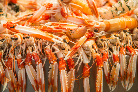 Fresh whole langostino lobsters in a Spanish seafood market Stock Photo - 85067155