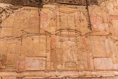 Broken Carvings on Pompeii Wall Foto de archivo - 102795459