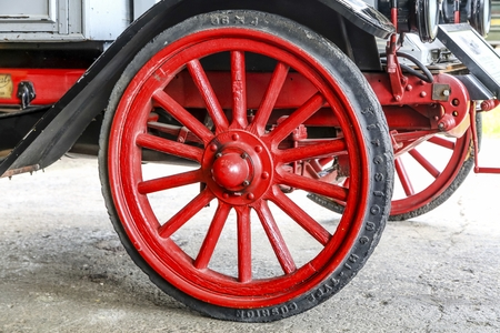 Old Firestone Tire 免版税图像