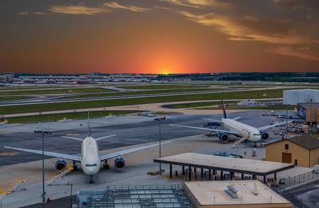 Atlanta Airport at Sunset Редакционное