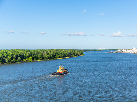 Tugboat on the Savannah River in Georgia 免版税图像