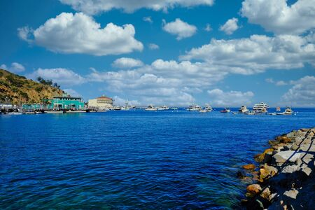 Deep Blue Water in Avalon on Catalina Island Banque d'images