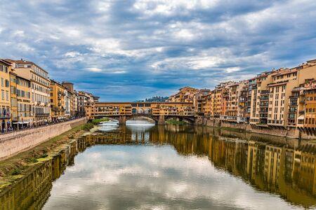 Ponte Vecchio on the Arno River Publikacyjne