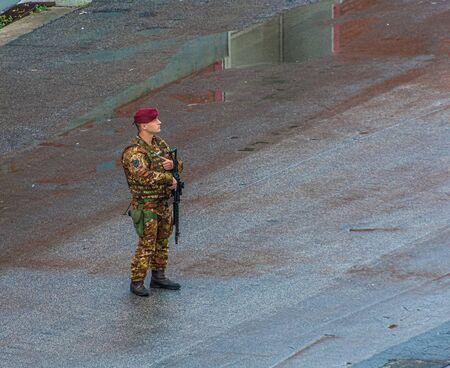 Italian Soldier from Parachute Brigade Publikacyjne