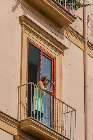 Smoking on Balcony Publikacyjne