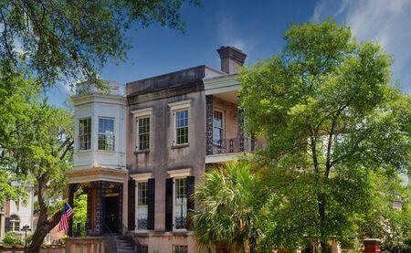 Old Savannah Home Under Renovation
